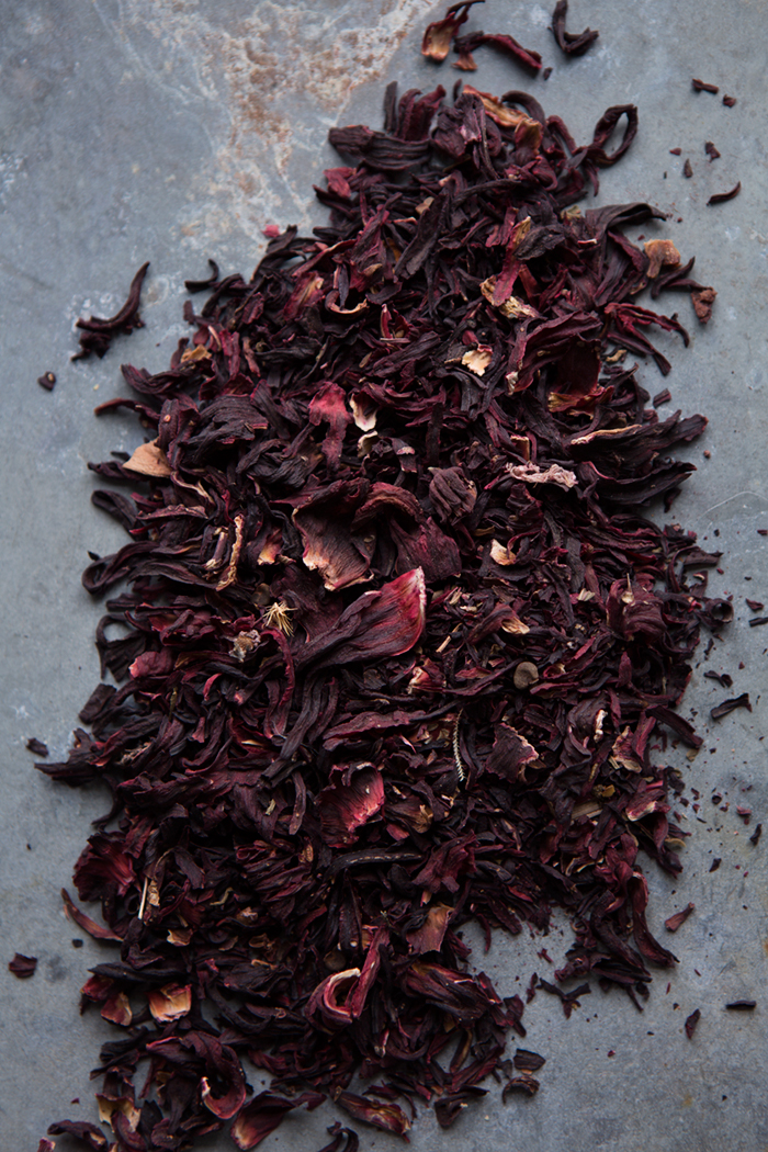 Dried hibiscus flowers :: Sonja Dahlgren/Dagmar's Kitchen