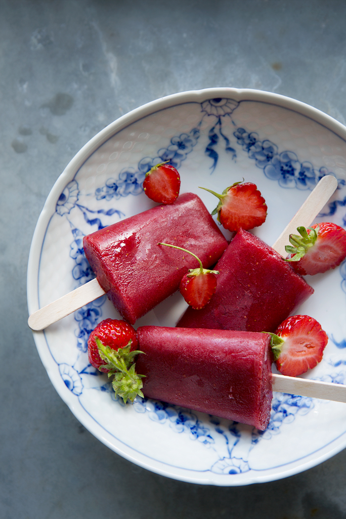 Strawberry, hibiscus and watermelon ice pops :: Sonja Dahlgren/Dagmar's Kitchen