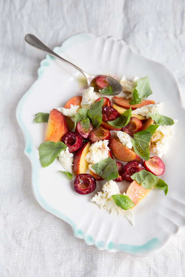 A simple stone fruit caprese :: Sonja Dahlgren/Dagmar's Kitchen
