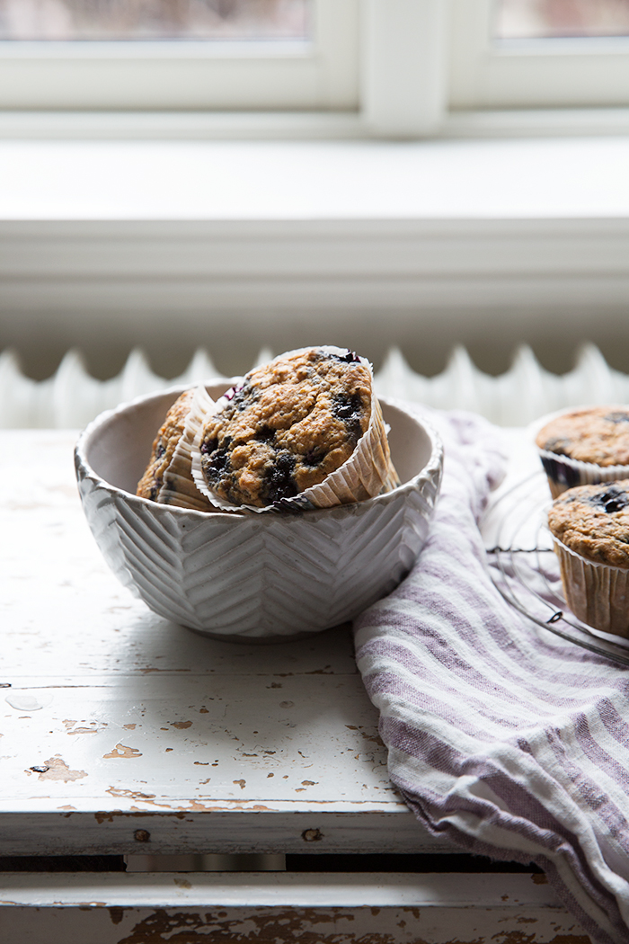 Blueberry, parsnip & maca breakfast muffins :: Sonja Dahlgren/Dagmar's Kitchen