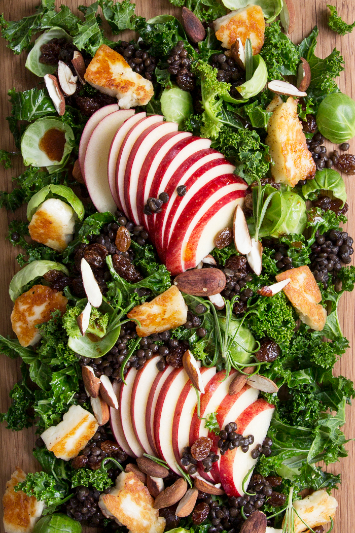 A sweet and spicy Kale and Brussels sprout salad for Christmas :: Sonja Dahlgren/Dagmar's Kitchen